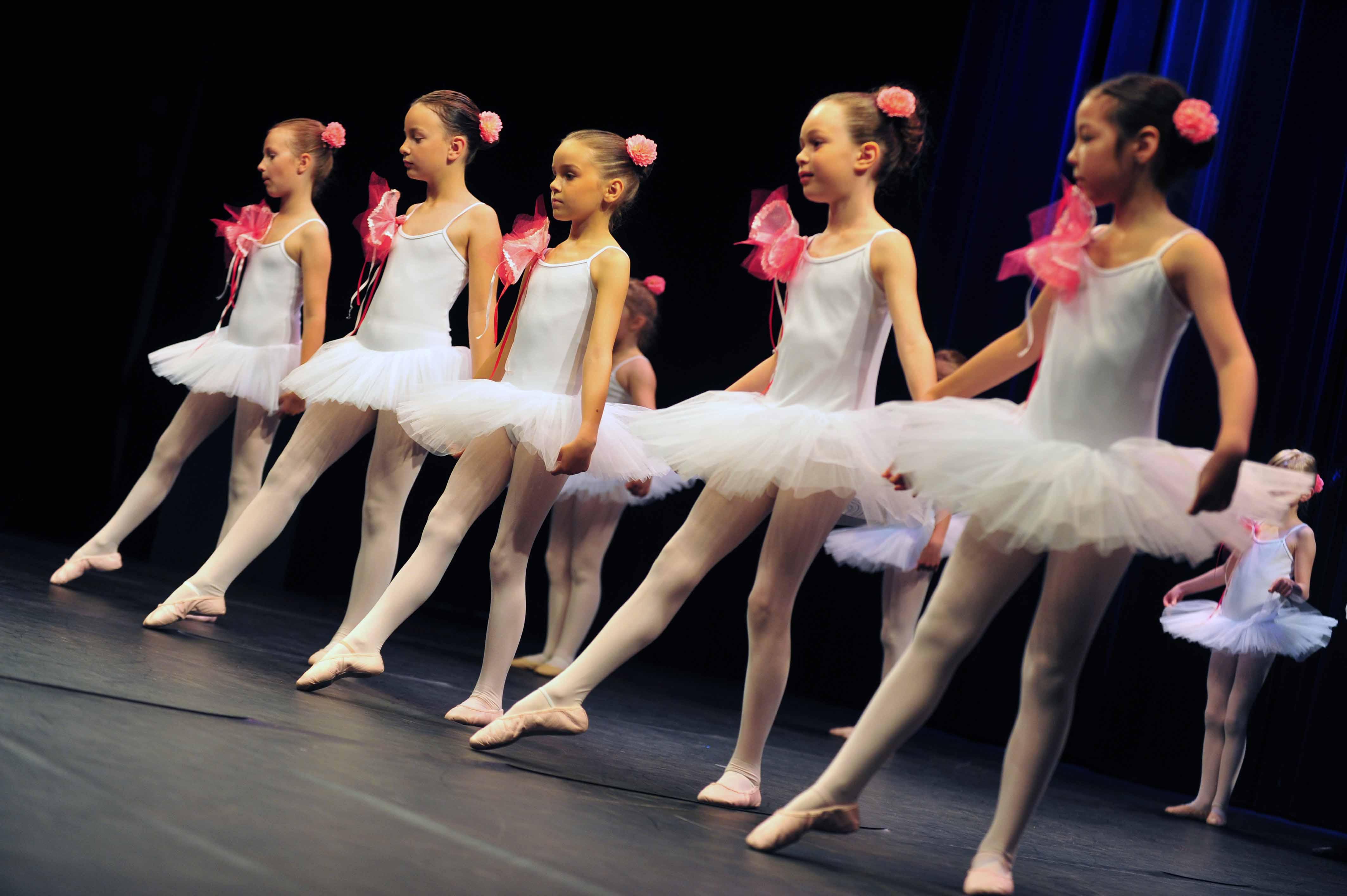 Clubs de danse pour adolescents chicagoland for Cours de danse classique pour adulte